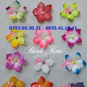 Xưởng trực tiếp xản xuất mẫu hoa giấy lụa 3d mới nhất hiện nay. Cung cấp sỉ và lẻ hoa giấy lụa, giấy gấm, xem trên facebook: https://www.facebook.com/121316428361898/photos/297352014091671/